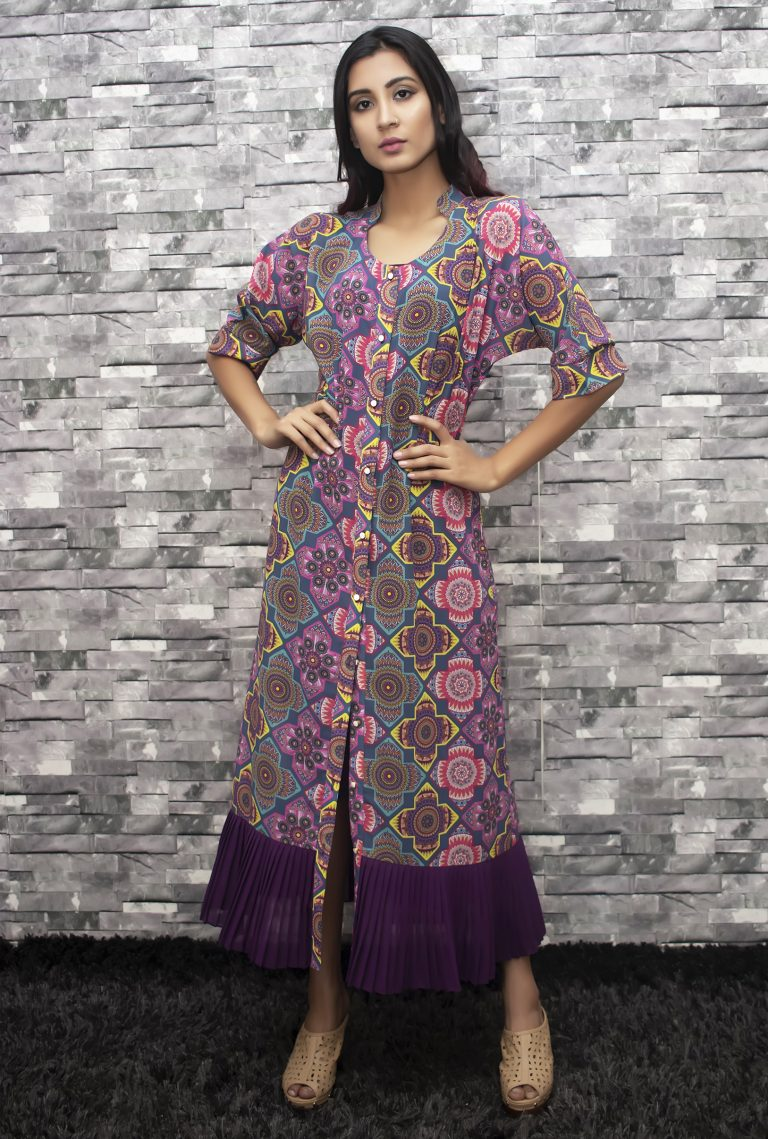 Printed pleated detailed shirt dress